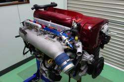 エンジン組み立て完成 サムネイル画像