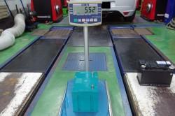 メガーヌ バッテリーの軽量化とハンドリング向上 サムネイル画像