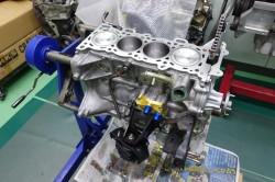 SRエンジンの組み立て サムネイル画像