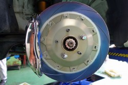 MIDORI&エンドレス鍛造mono6ブレーキ取付 サムネイル画像